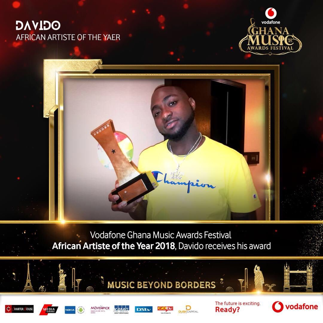 Davido Picks His VGMAs African Artiste Of The Year Awards Plaque